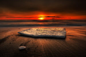 beach_iceberg_sunset